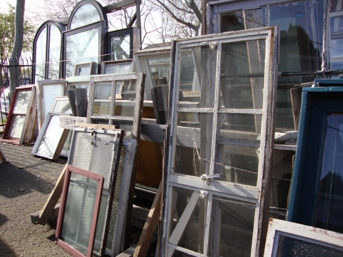 Architectural salvage yards i heart old houses for Home architectural salvage yards